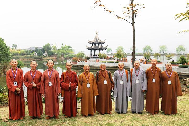 福智僧團法師們與佛光山、靈巖山佛學院法師交流